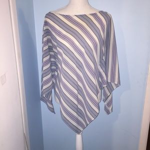 New York and Company handkerchief top size M